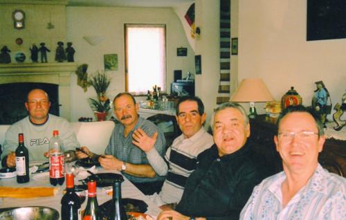 Repas entre amis en compagnie de notre ancien Président : Roger SENATORE.